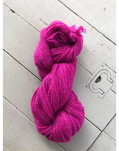 Nr 248 Fuchsia, Ullgarn Tvåtrådigt