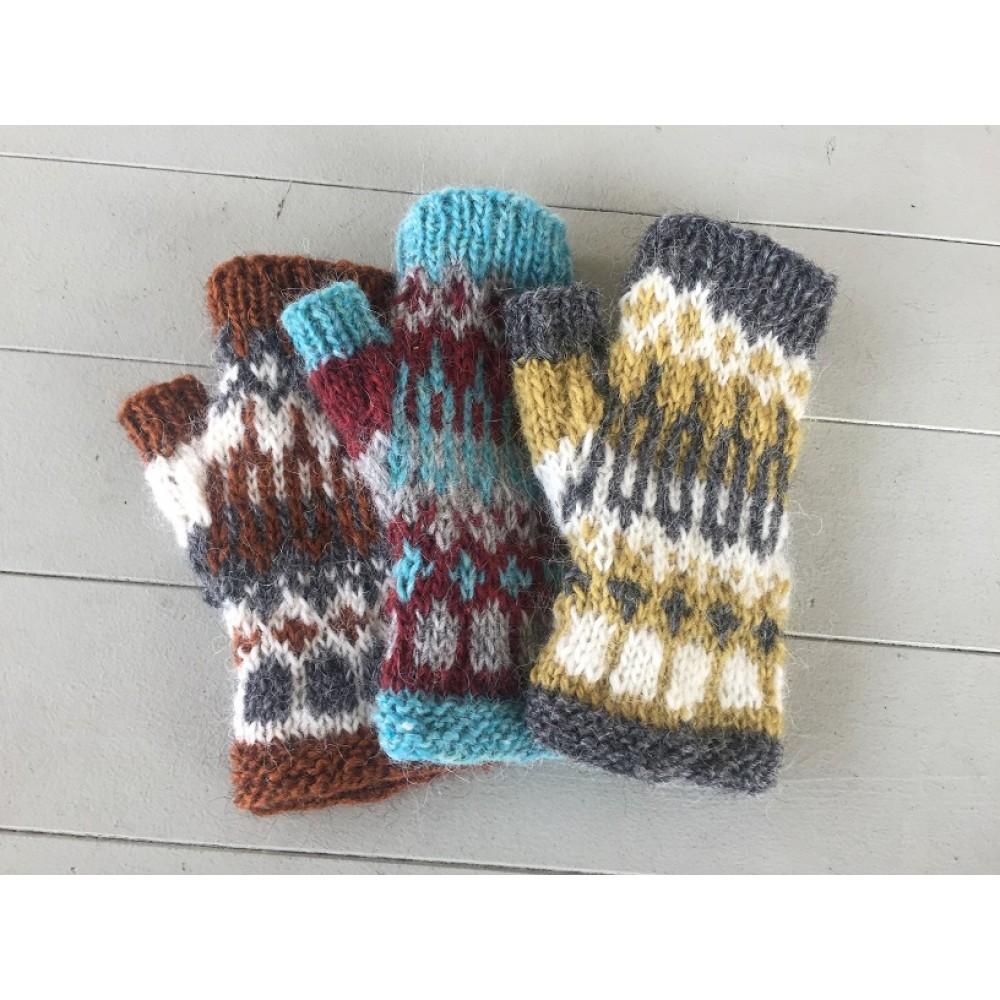Halvvantarna Galder Knitting Friend